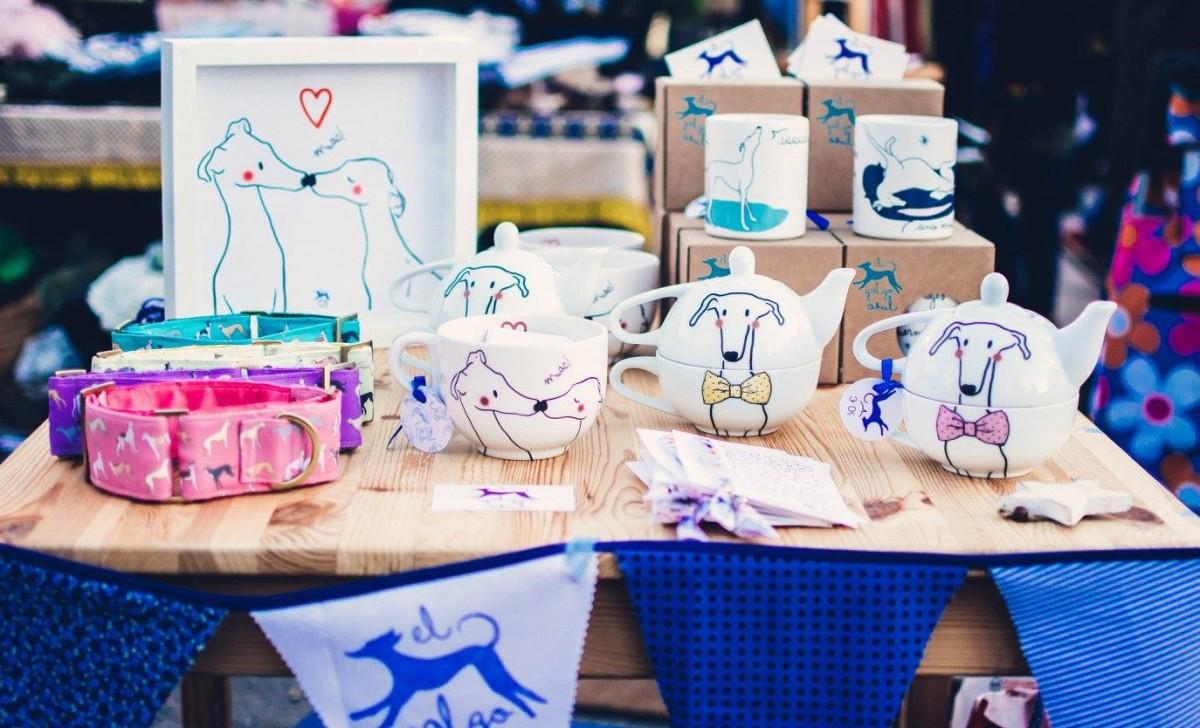 El galgo azul en Ciertopelo Market